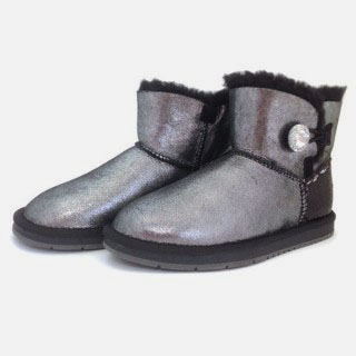 One Button Crystal UGG