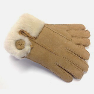 UGG Sheepskin Glove Chestnut