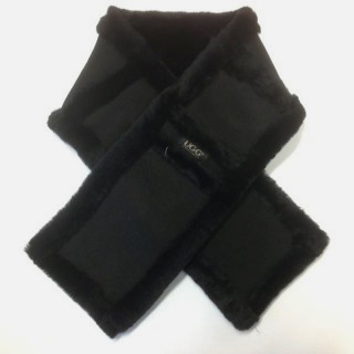 UGG Chocolate Sheepskin Scarf